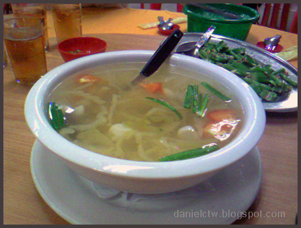 Wong Poh Restaurant Soup