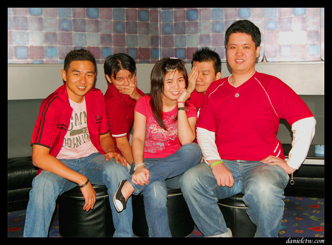 The Red Theme Love Group