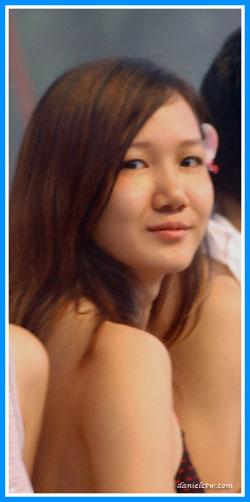 Sin Hui Jing Sweet Pose For Camera