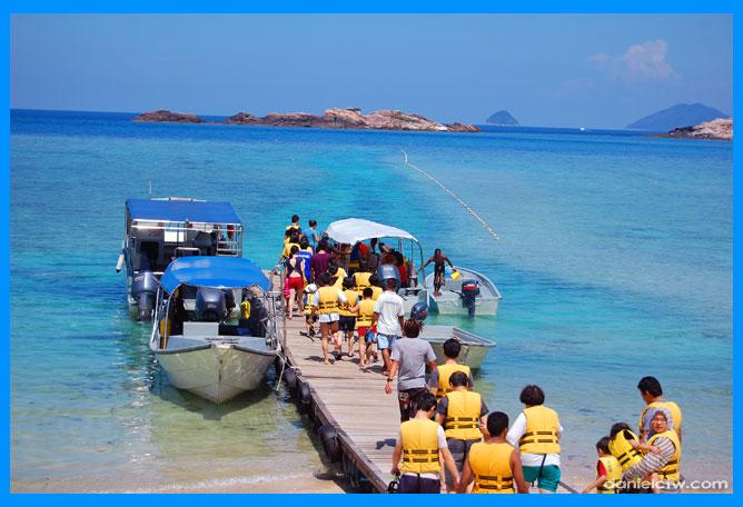 Snorkelers Embark Boats