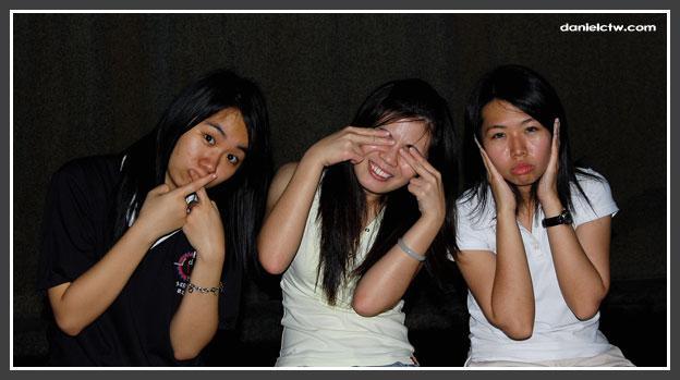 3 hot girls