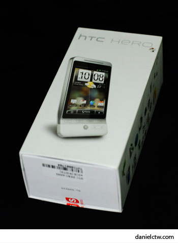 HTC Hero in Box