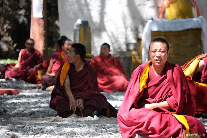 Tibetan Monk Does Not Like DanielCtw