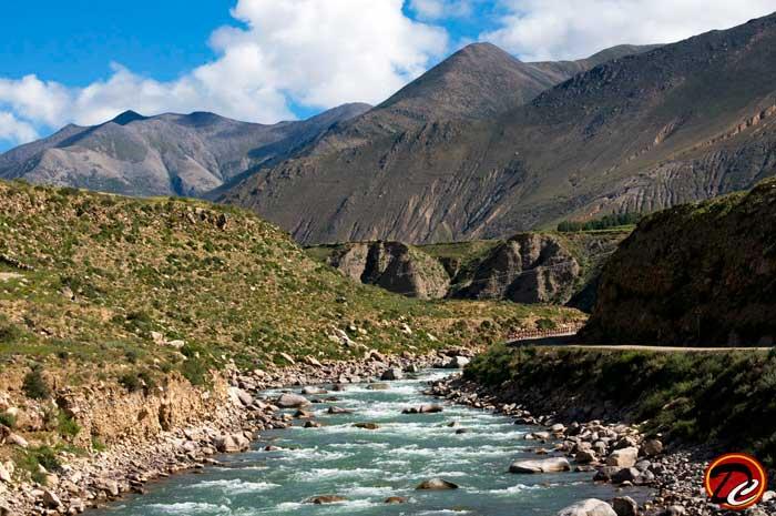 Superb Lake View at Tibet