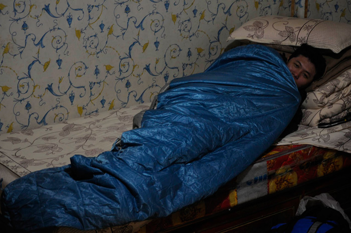 Kenny Wrapped in Namtso Inn