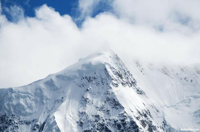 Midui Glacier Super Closeup