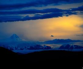 Wallpaper Snow Mountain