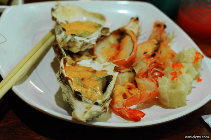 Oyster Prawn and Siu Mai