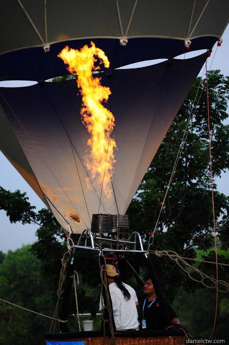 Fire at Hot Air Balloon 2011