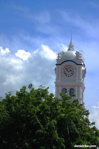 Building in Penang near Port Weld