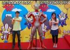 Ultraman Pose to Have Fun