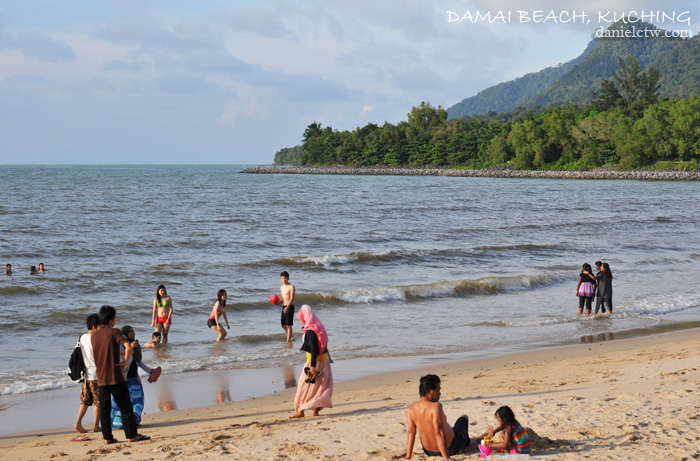 damai beach kuching activities
