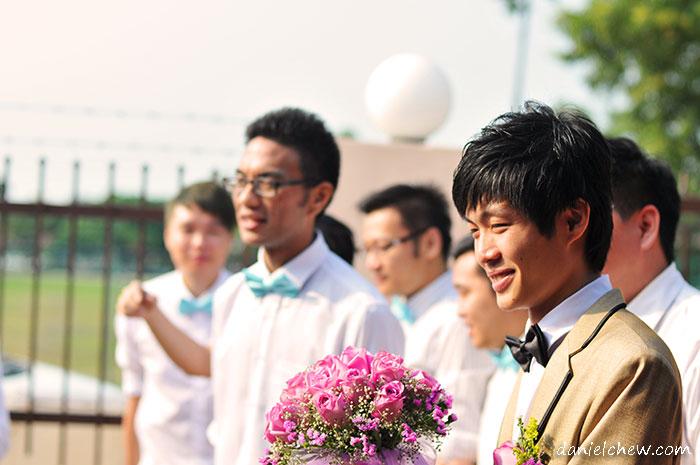 groom awaiting task