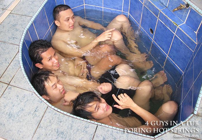 poring hot spring tub
