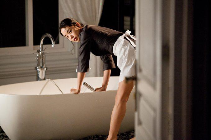 attractive maid bath tub