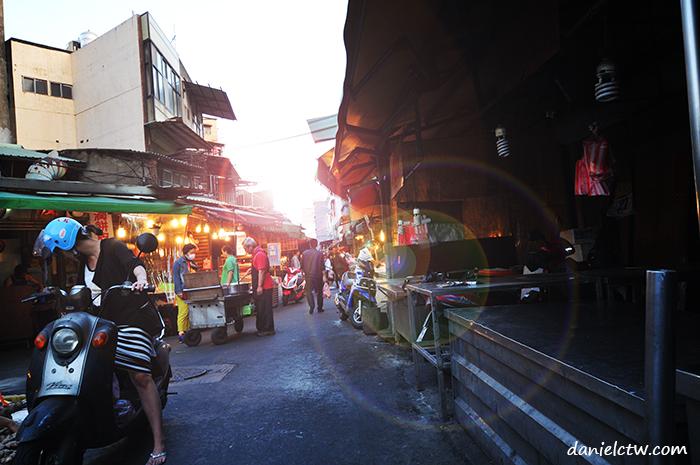 hsinchu market lane