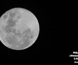 moon chor 15 2017